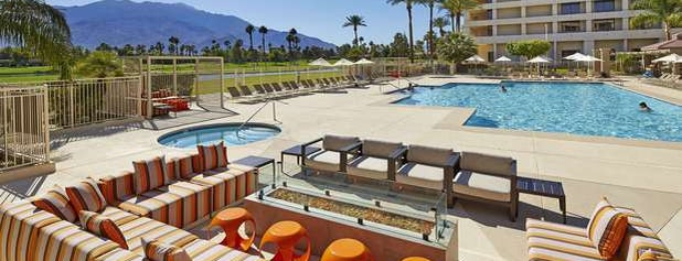 DoubleTree by Hilton Hotel Golf Resort Palm Springs is one of Holly 님이 좋아한 장소.