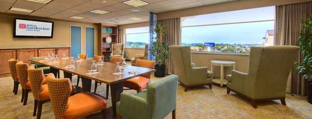 Hilton Garden Inn is one of Orte, die Mauricio gefallen.