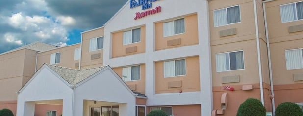 Fairfield Inn Forsyth Decatur is one of Orte, die Emilio gefallen.