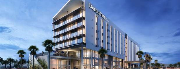DoubleTree by Hilton is one of Tempat yang Disukai Guillermo.