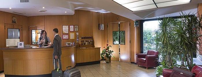 Hotel La Pioppa is one of Locais curtidos por Sergii.