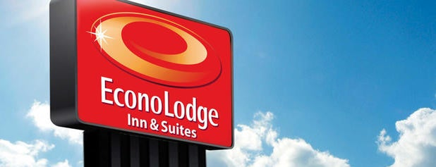 Econo Lodge Inn & Suites is one of Holiday Bowl Road Trip.