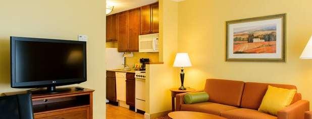 TownePlace Suites Marriott is one of Tempat yang Disimpan Tim.