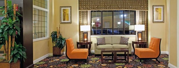 Holiday Inn Charleston - Mount Pleasant is one of Steveさんのお気に入りスポット.