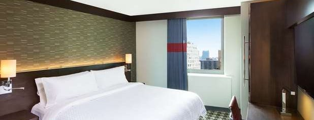 Four Points by Sheraton New York Downtown is one of Locais curtidos por Masha.