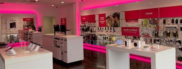 T-Mobile is one of Jaysyn : понравившиеся места.