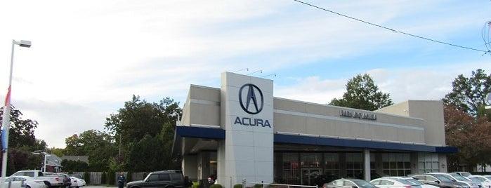 Park Ave Acura is one of Lisa'nın Beğendiği Mekanlar.