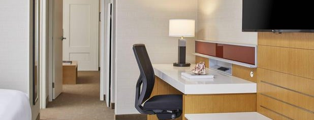 Delta Hotels by Marriott Chicago North Shore Suites is one of Northbrook.