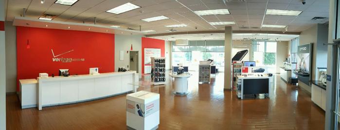 Verizon is one of Tempat yang Disukai David.