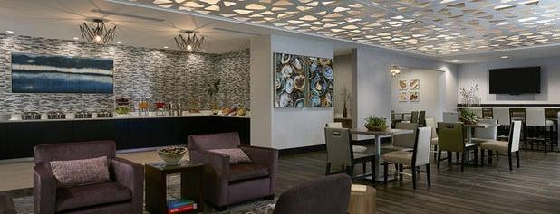 Seattle Marriott Bellevue is one of Posti che sono piaciuti a Michelle.