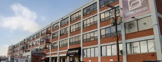 ClimateGuard Windows & Doors - Factory Showroom is one of Lieux sauvegardés par Andrew.