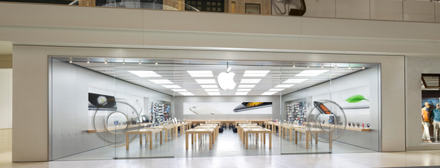Apple University Town Center is one of Tempat yang Disukai Jack.