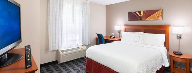 TownePlace Suites Marriott is one of Tim 님이 저장한 장소.