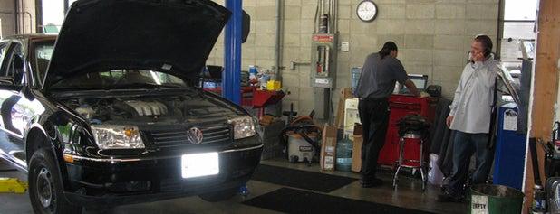 Precision Motorworks is one of Tempat yang Disukai Alden.