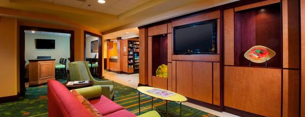 Fairfield Inn & Suites by Marriott Charleston Airport/Convention Center is one of Heidi 님이 좋아한 장소.