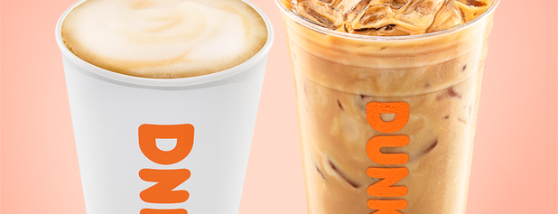 Dunkin' is one of Locais curtidos por Mei.