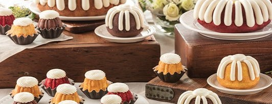 Nothing Bundt Cakes is one of Tempat yang Disukai Samah.
