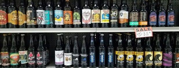 Vic's La Fiesta Inc. - Liquor and Deli is one of JMSさんのお気に入りスポット.