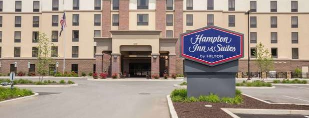 Hampton Inn by Hilton is one of Tempat yang Disukai Chrissy.