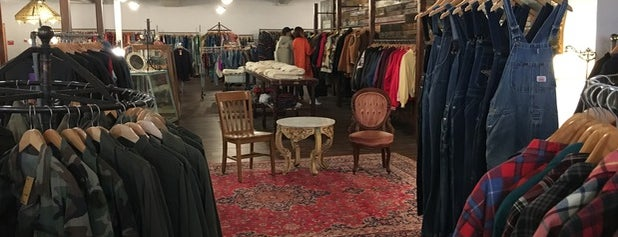 Raxx Vintage is one of PA Shopping.