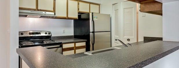 Stonecreek Club Apartment Homes is one of Tempat yang Disimpan Parth.