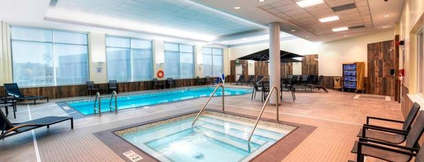 Fairfield Inn & Suites by Marriott Ottawa Airport is one of Jenny's Liked Places.