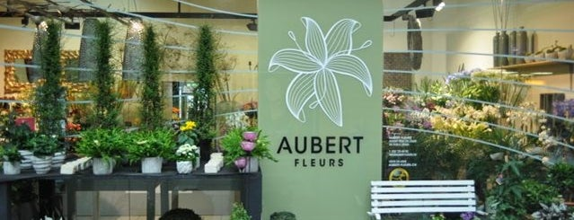 Aubert Fleurs is one of La vie en suisse.