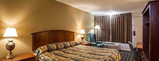Econo Lodge is one of Lugares favoritos de Pretty.