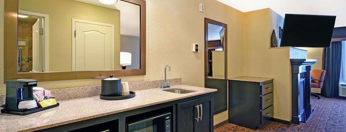 Hampton Inn by Hilton is one of Jillana'nın Beğendiği Mekanlar.
