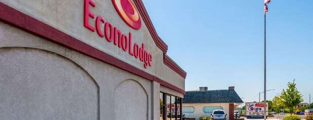 Econo Lodge is one of Theodose219's Liked Places.