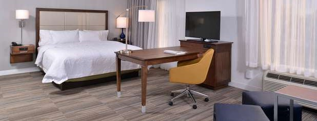 Hampton Suites - Ann Arbor West is one of Places I've stayed.