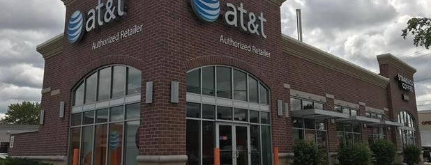 AT&T is one of Georgeさんのお気に入りスポット.