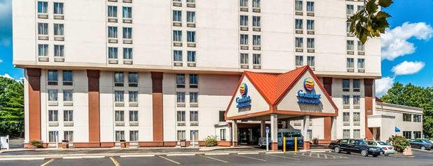 Comfort Inn & Suites is one of Tempat yang Disukai Lisa.