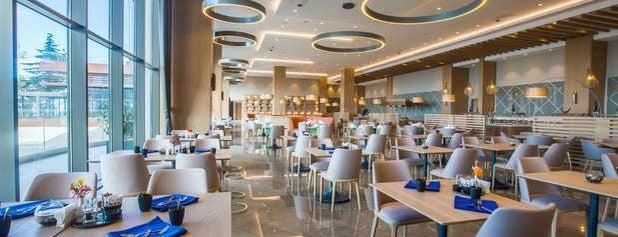 Radisson Blu Hotel is one of ışıl 님이 좋아한 장소.