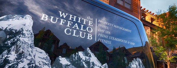 The White Buffalo Club is one of Lugares favoritos de Dan.