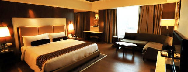 Crowne Plaza is one of Jo 님이 좋아한 장소.
