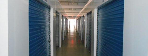 Clifton Park Self Storage is one of Orte, die Nicholas gefallen.