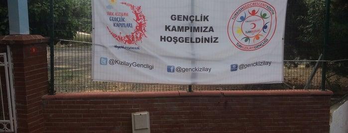 Türk Kızılayı Heybeliada Gençlik Kampı is one of Tempat yang Disukai Baris.