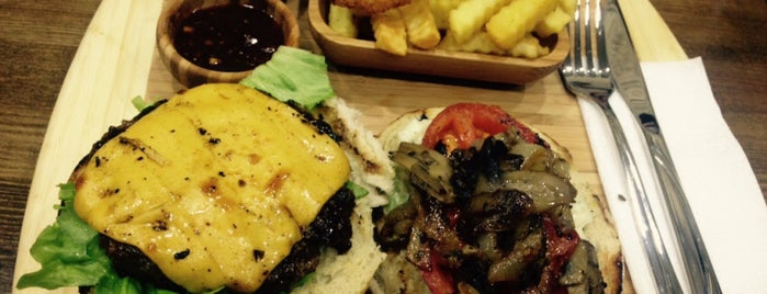 City Burger House is one of The best in Eskişehir.