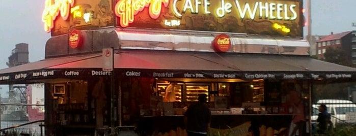 Harry's Café De Wheels is one of Sydney food trucks.