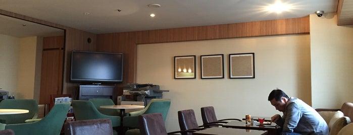 Sheraton Miyako Osaka Executive Lounge is one of Creigさんのお気に入りスポット.