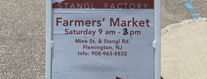 Stangl Farmers' Market is one of NJ Clinton-Bridgewater.
