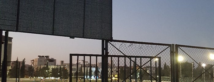 Stadium Yarmouk is one of Lugares favoritos de Alan.