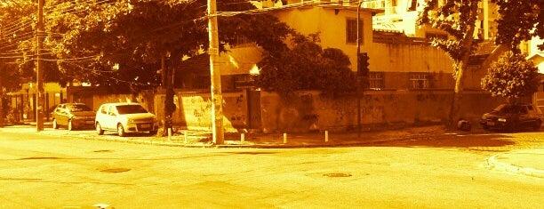 Baixo Campinho is one of compartilhar com amigos.