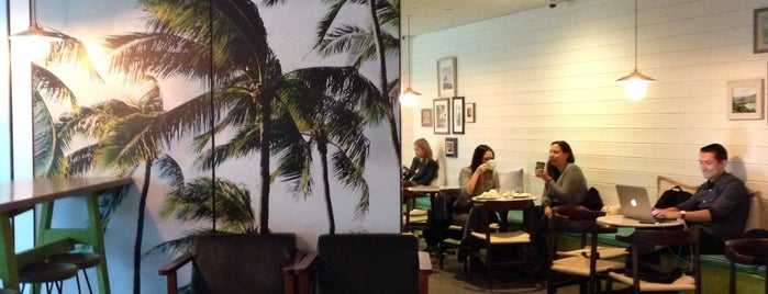 Honolulu Coffee is one of Amin Tries New Restaurants.