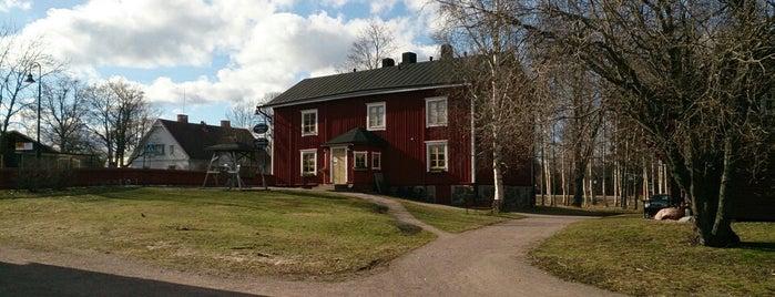 Helsingin pitäjän kirkonkylä / Helsinge kyrkoby is one of Orte, die Katariina gefallen.