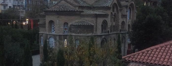 Πλατεια Βενιζελου is one of สถานที่ที่ Lamprianos ถูกใจ.