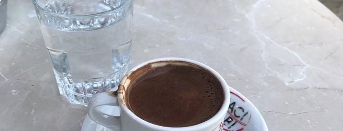 Hacı Ölabi Kahve Ve Hurma is one of Lugares favoritos de Muberra.