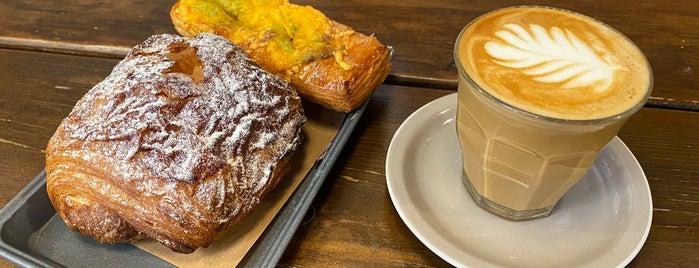 arán bakery budapest is one of PEST🙈🍛🍜🌯🎟🎭.