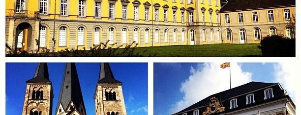 Münsterplatz is one of Bonn.